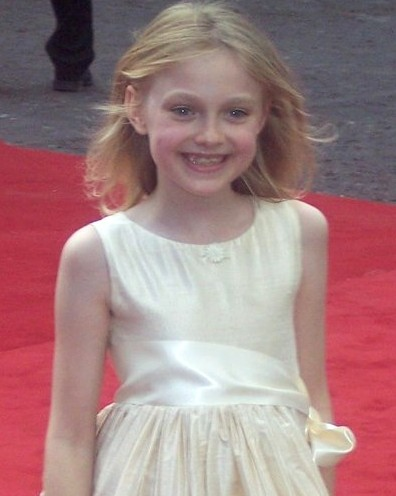 Dakota_Fanning_young