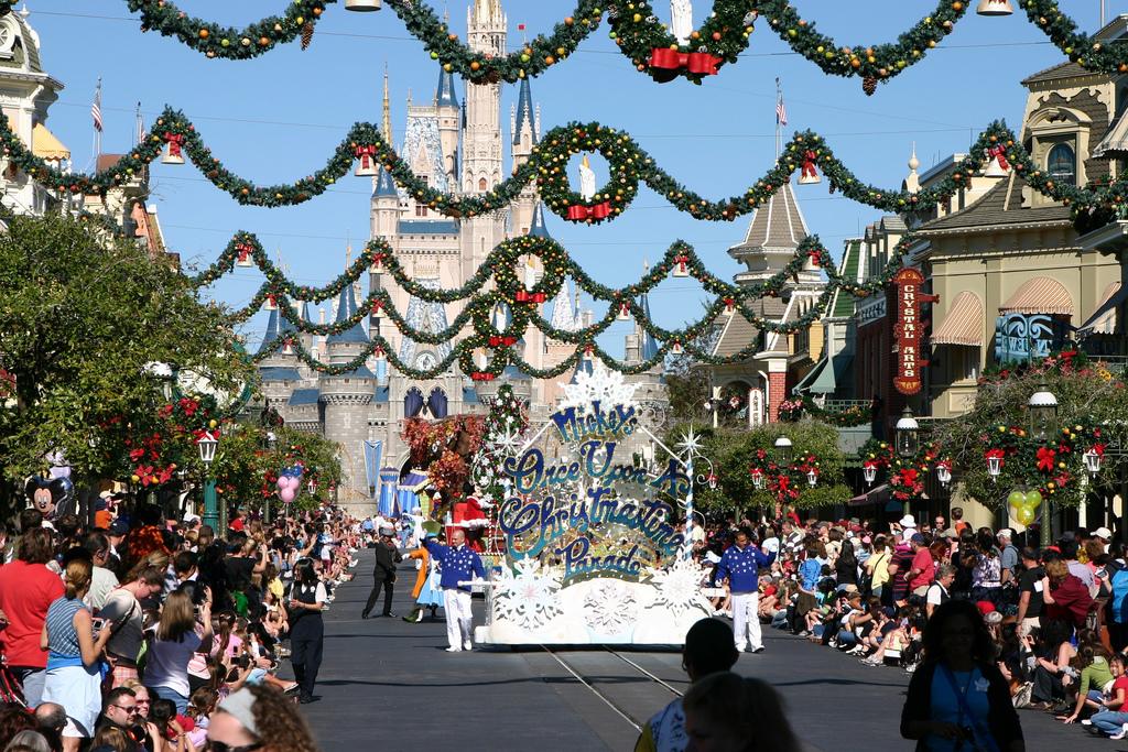 Disneyland Florida Christmas Day Parade 2013.html   Autos Post