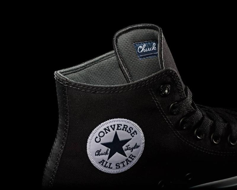 converse chuck II
