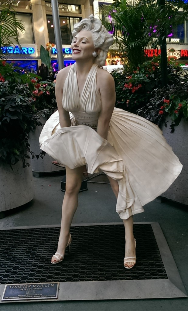 forever marilyn seward johnson